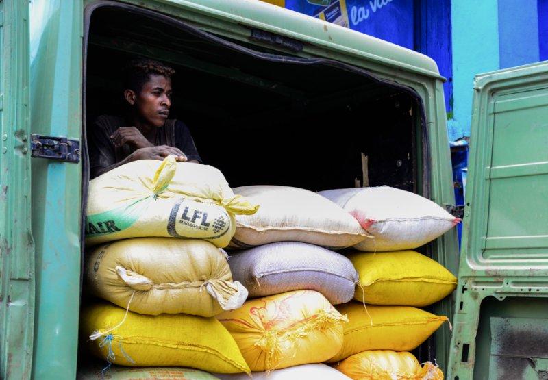 Reis Verkäufer Hafen Foulpointe