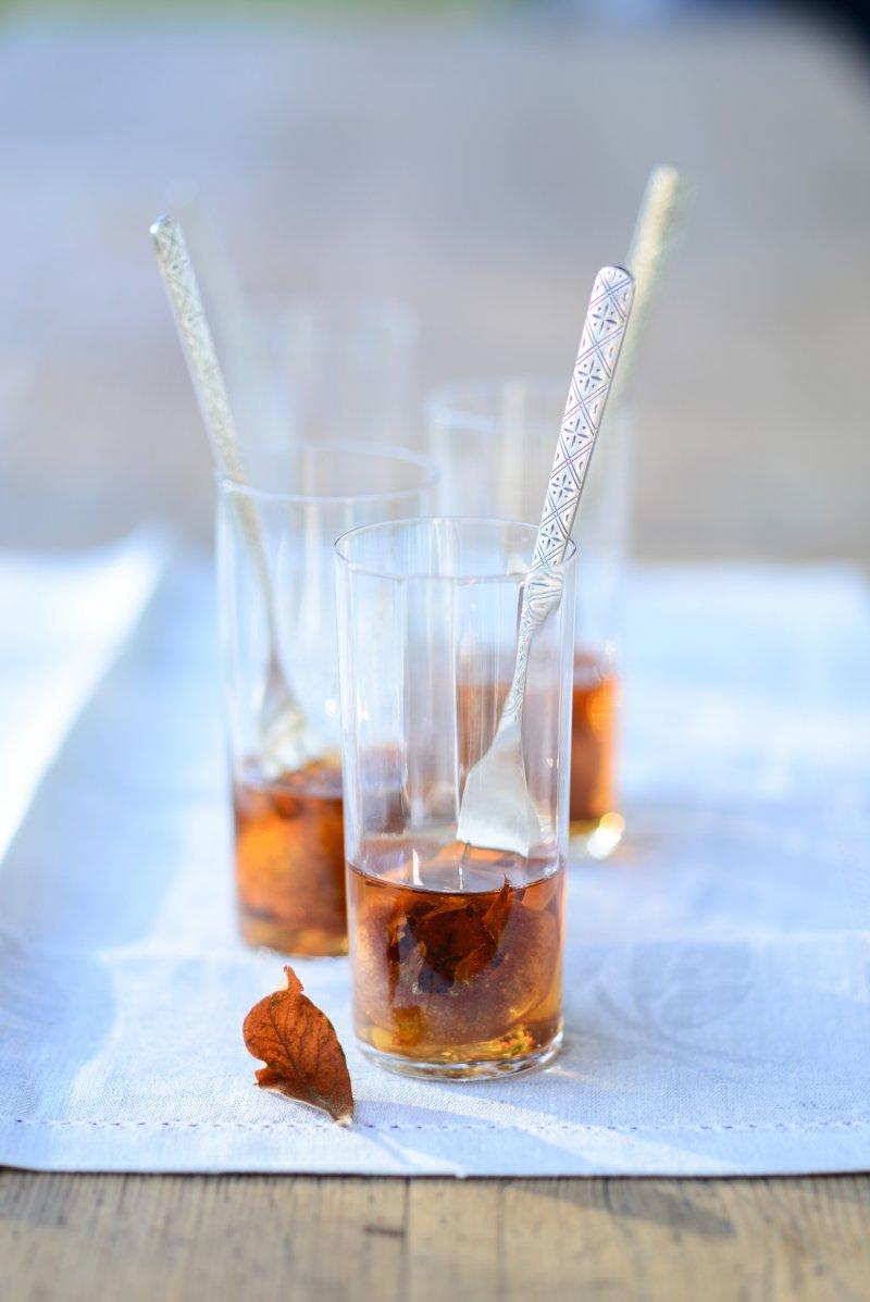 Eingelegte Mispeln in Cognac
